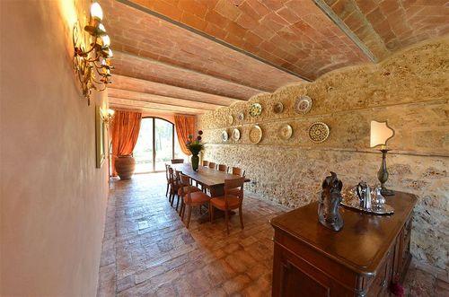 Tuscany Villa Vallebuia - Rental In San Gimignano - Siena - Tuscany 18 Designs Wohnzimmer Mit Gewolbe Decke