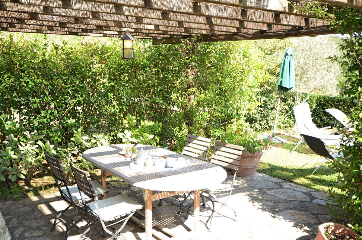 Outdoorküche Buch Buchung : Outdoor küche mit smoker. hängekorb küche ikea nolte planen kleine